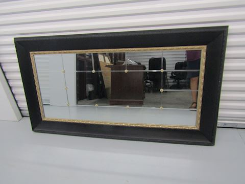 Decorator black mirror