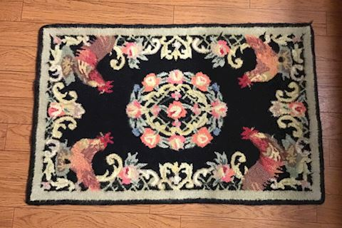 Beautiful Hooked rooster rug AWSOME COLORS