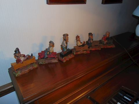Tom Clark Gnomes.  Train set.