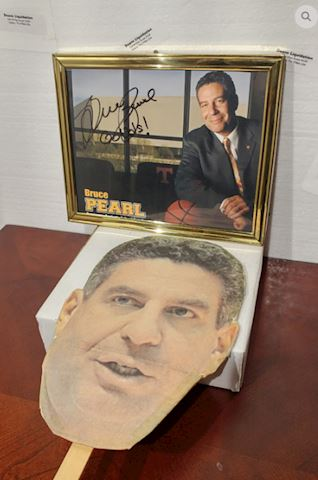 Signed Photo Bruce Pearl Vols TN Basketball Coach