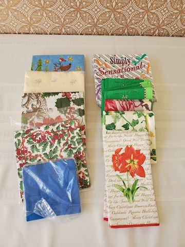 Lot of misc. paper napkins