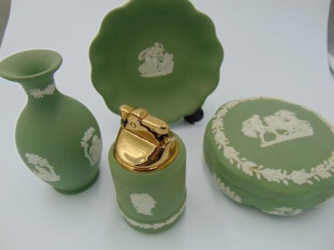 Green Wedgewood Vanity Set