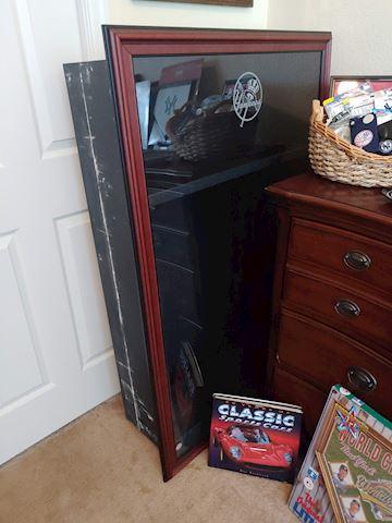 Yankee Jersey Storage Locker