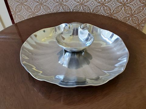 Pewter Shell shaped chip and dip serving dish