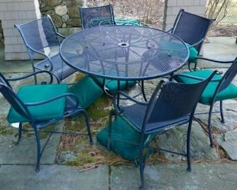 Wrought Iron Round Table & 6 chairs