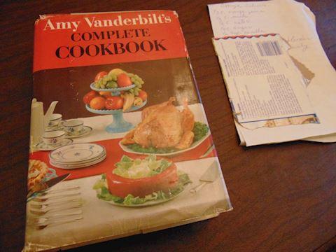 Vintage Amy Vanderbilt Cookbook