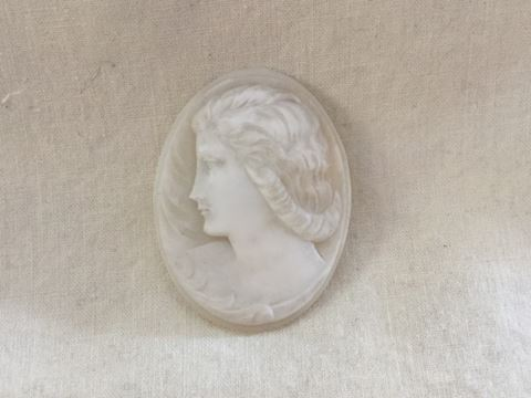 Victorian white shell cameo #80-78