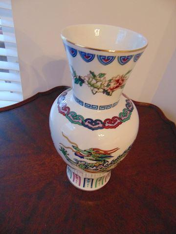 Dance of Celestial Dragon Vase