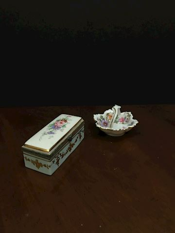 Liv.  541.  Mini Jewelry Holders
