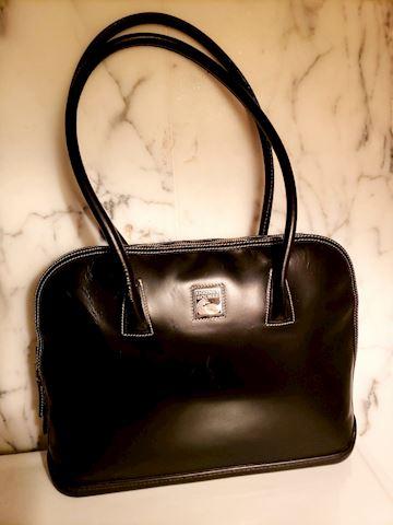 Vtg Dooney Bourke Domed leather satchel Purse