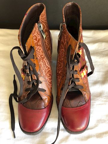 New Red Brocade Leather Ankle boots by Socofy sz 6