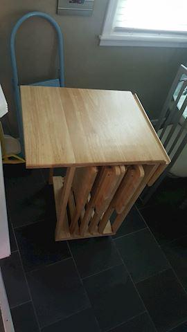 423024 Drop Leaf TV Tables