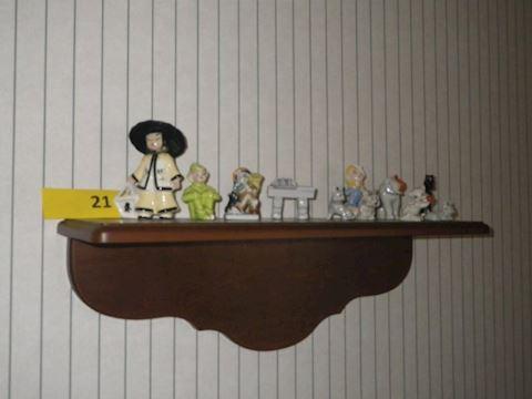 Lot #21 - Shelf and Trinkets