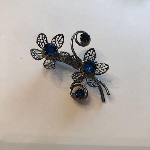vintage floral blue brooch