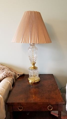 Classy pair of lamps in glass and gold trim