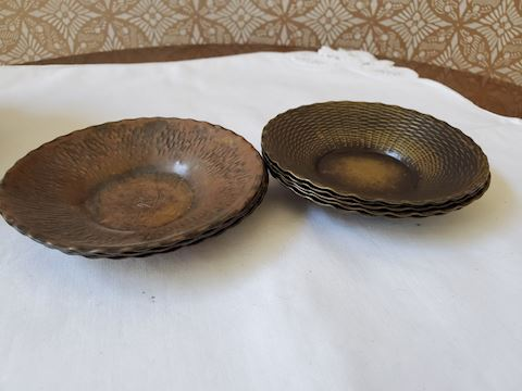 9 small metal dishes