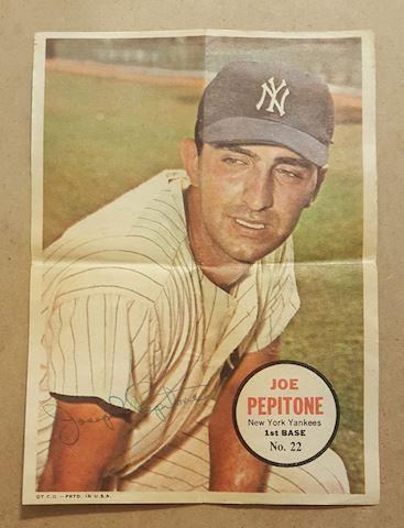1967 Joe Pepitone Topps Poster Insert #22
