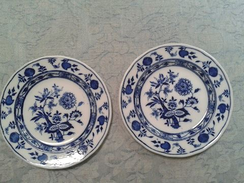 PAIR WEDGWOOD BLUE AND WHITE ONION SALAD  PLATES