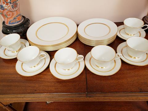 6 ANDOVER BY OXFORD 4 PC. PLACESETTINGS GOLD TRIM