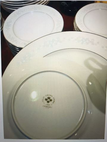 Set of 11 dishes