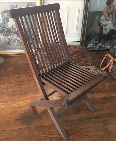 Modernist Wooden Folding Chair