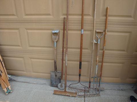 garden tools, shovels, rakes etc lot #44