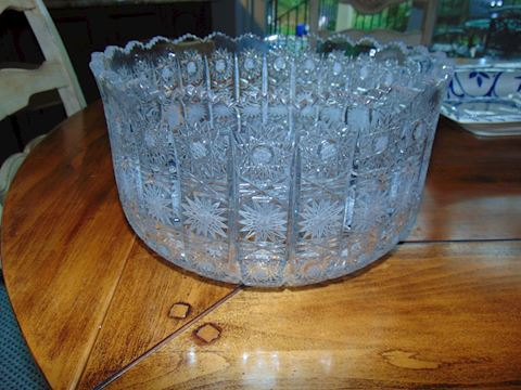 Cut crystal glass bowl. Shipping option offered!