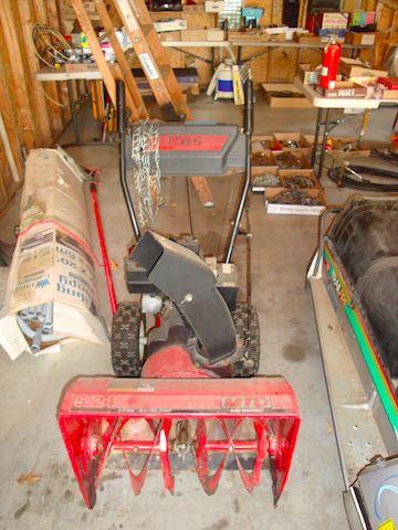 MTD 2 stage Snow blower yard machine #18