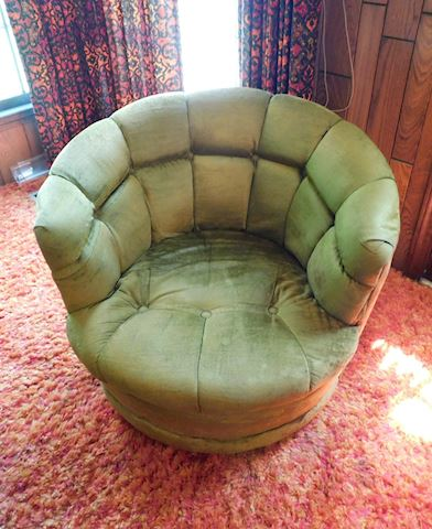 055 Vintage Green Swivel Chairs