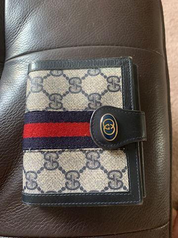 Gucci wallet vintage