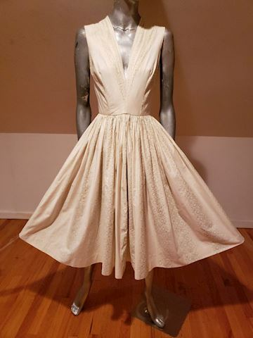 1950 Anne Fogarty Fit & Flare circle swing dress