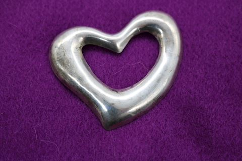 VINTAGE STERLING SILVER TAXCO MEXICO HEART BROOCH