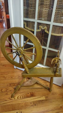 Antique Kromski Spinning Wheel