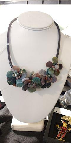 Vintage Gemstone Carved Flower Necklace