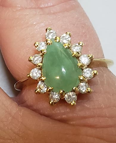 Jade and diamond oval ring size 6