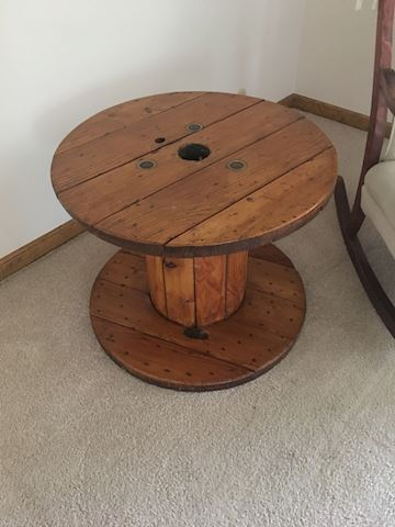 Spool table
