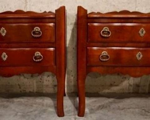 """Pair of """"Hickory Chair """" End Tables"""
