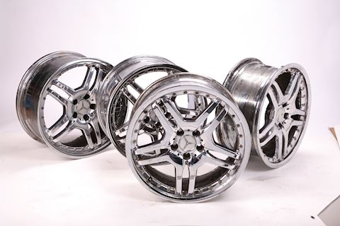 "Mercedes Benz 20""x 9"" chrome 5 lug rims with logo"