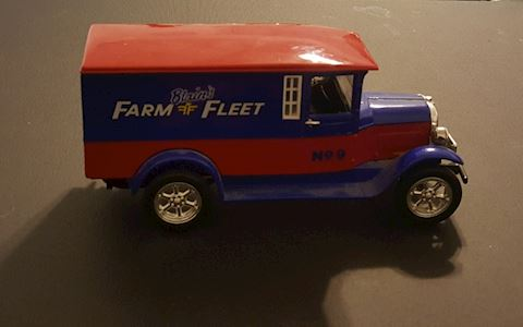 Blain Farm & Fleet Model Truck