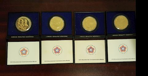 4 Mint 1972 Bicentennial Commemorative Medals