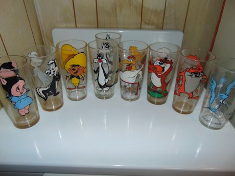 Vintage Looney Tunes Glasses