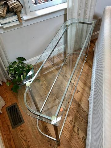 Sofa table glass top
