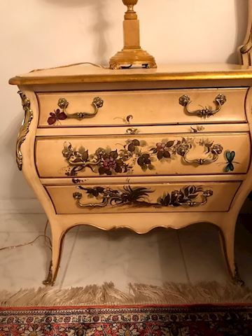 Pair Nightstands Side Table French Handpainted