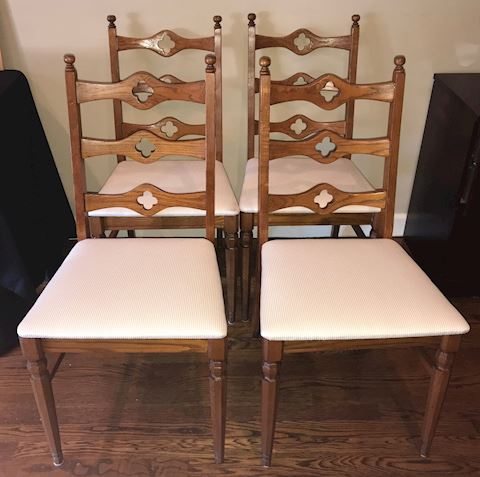 Matching Set Antique Dining/Kitchen Chairs