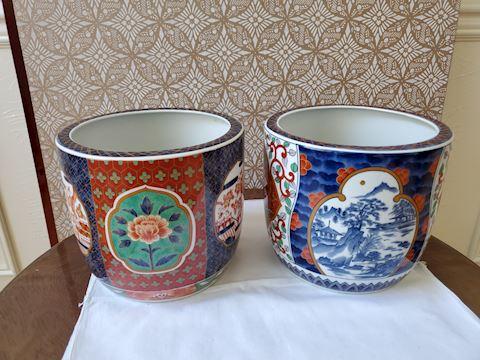 2 eight-inch ceramic Japanese pots