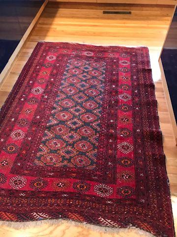 3.8 x 5 Persian rug