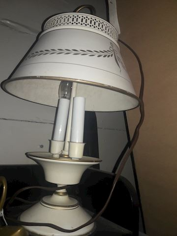 Vintage Tolle Lamp works 2 lights