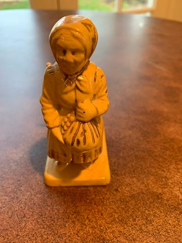 Raised Yellow Ware Matchstick Lady