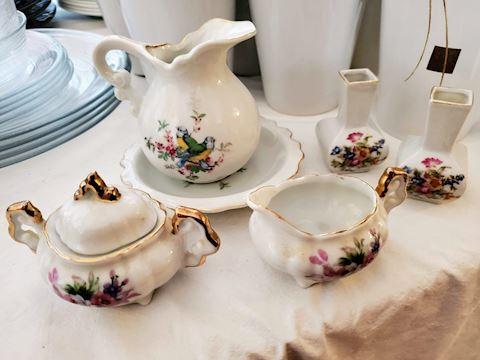 Small Porcelain Lot