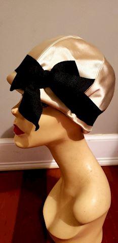 "Vtg 1950's Lilly Dache""Dachettes""Cloche satin Hat"